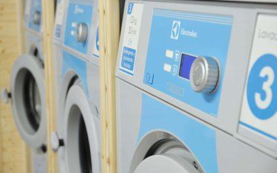 Lavar en lavanderías autoservicio, una estupenda decisión.